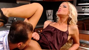 Hot Cameron Gold releasing cum with fucking and blowing