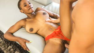Scorching Ebony Babe Gives Muddy Butt cheeks in Audition
