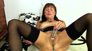 British hairy girl playing with herself